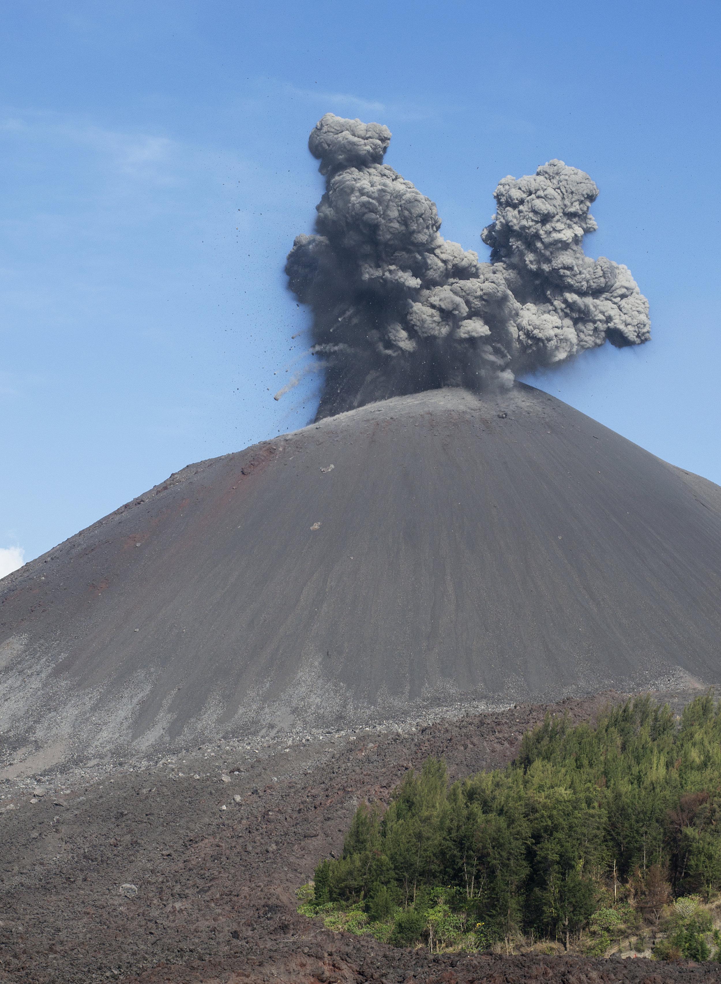 Krakatao013.jpg