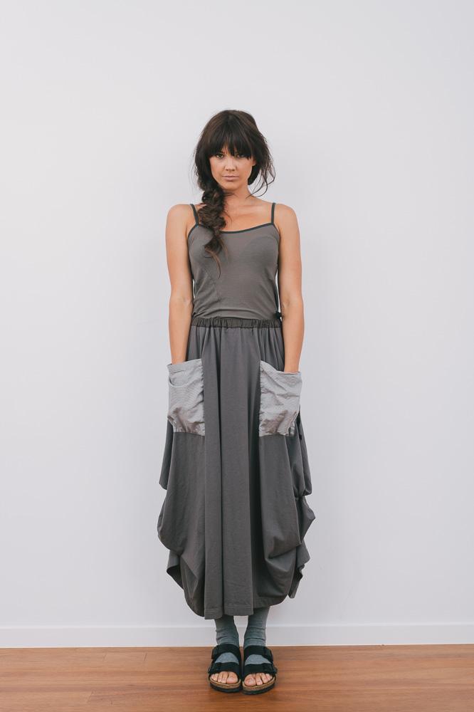 Selma top & Winona skirt in rock