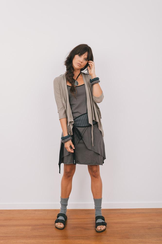 Quirk shrug 3/4 sleeve, Nasturtium top, Marigold skirt & Spindle obi (reverse side)