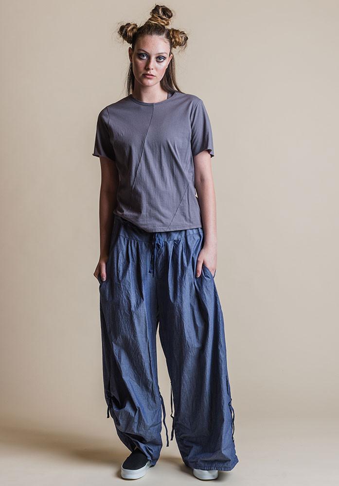 Ada pants denim with dove Perla tee