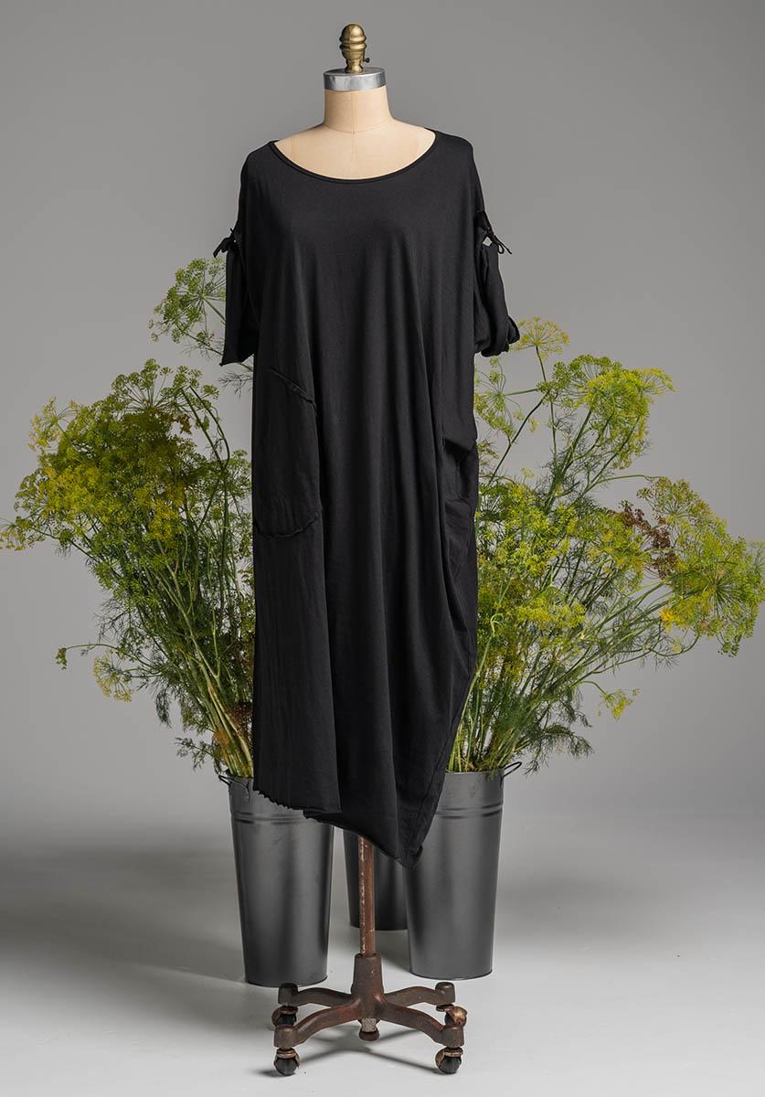 Lore dress black