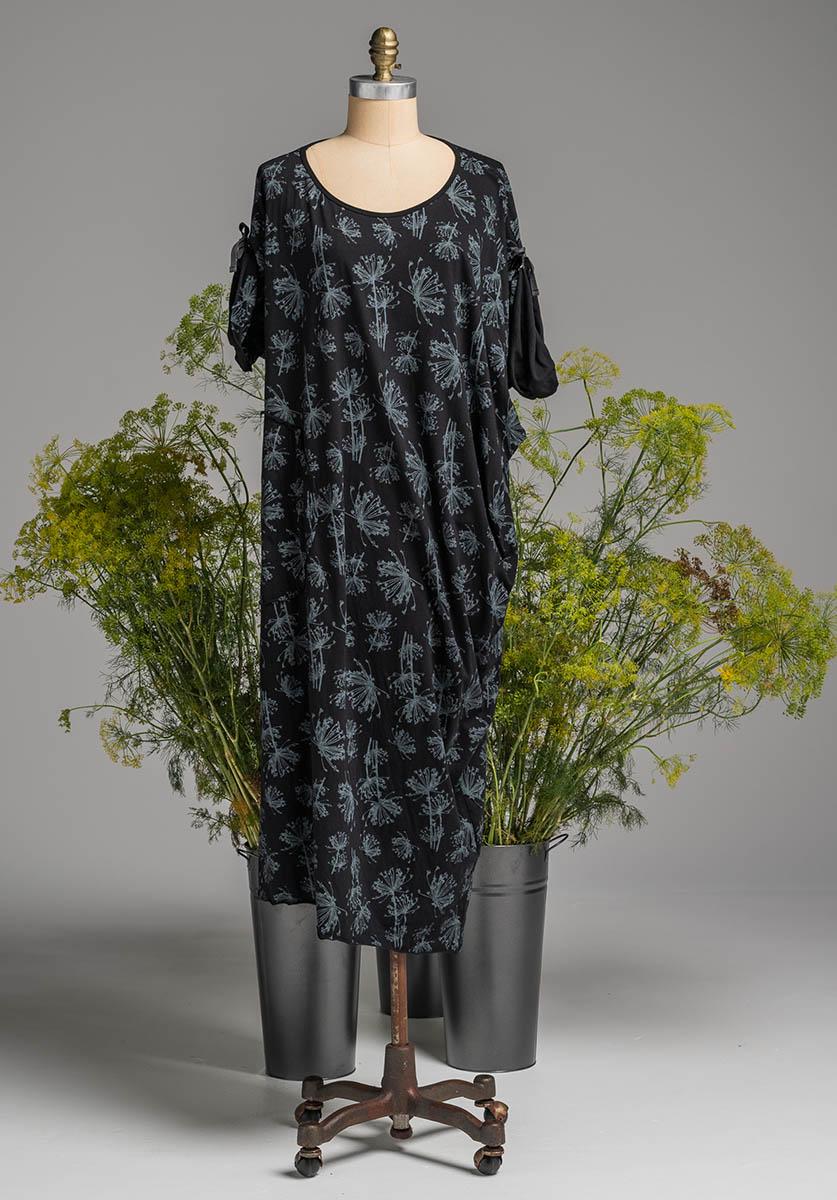 Lore dress black dill