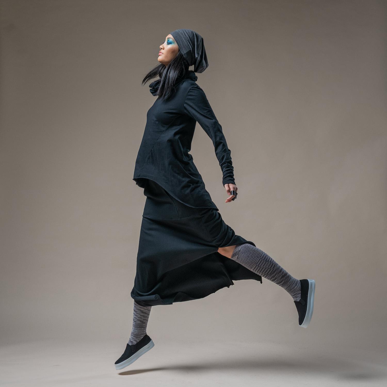 Almeda top, Slouch Beanie + Split skirt