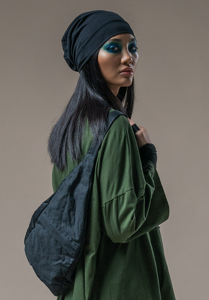 Slouch Beanie black + North bag black