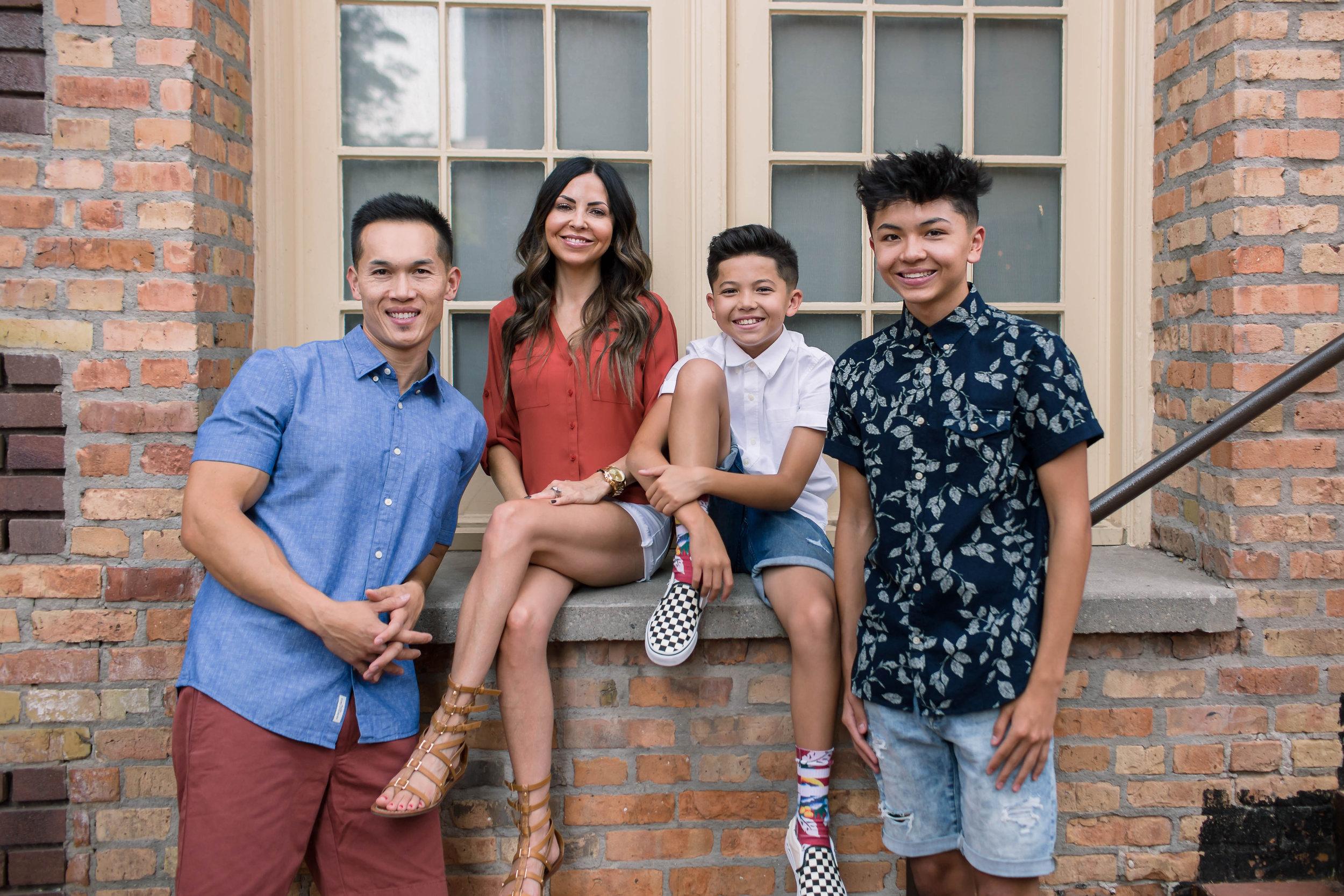 Chang Family 2018 (6).jpg