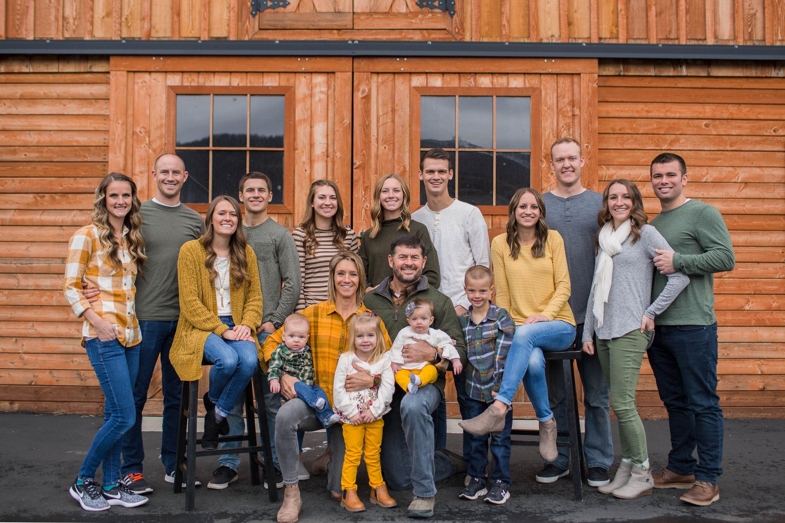Labrum Family 2018 (23).jpg