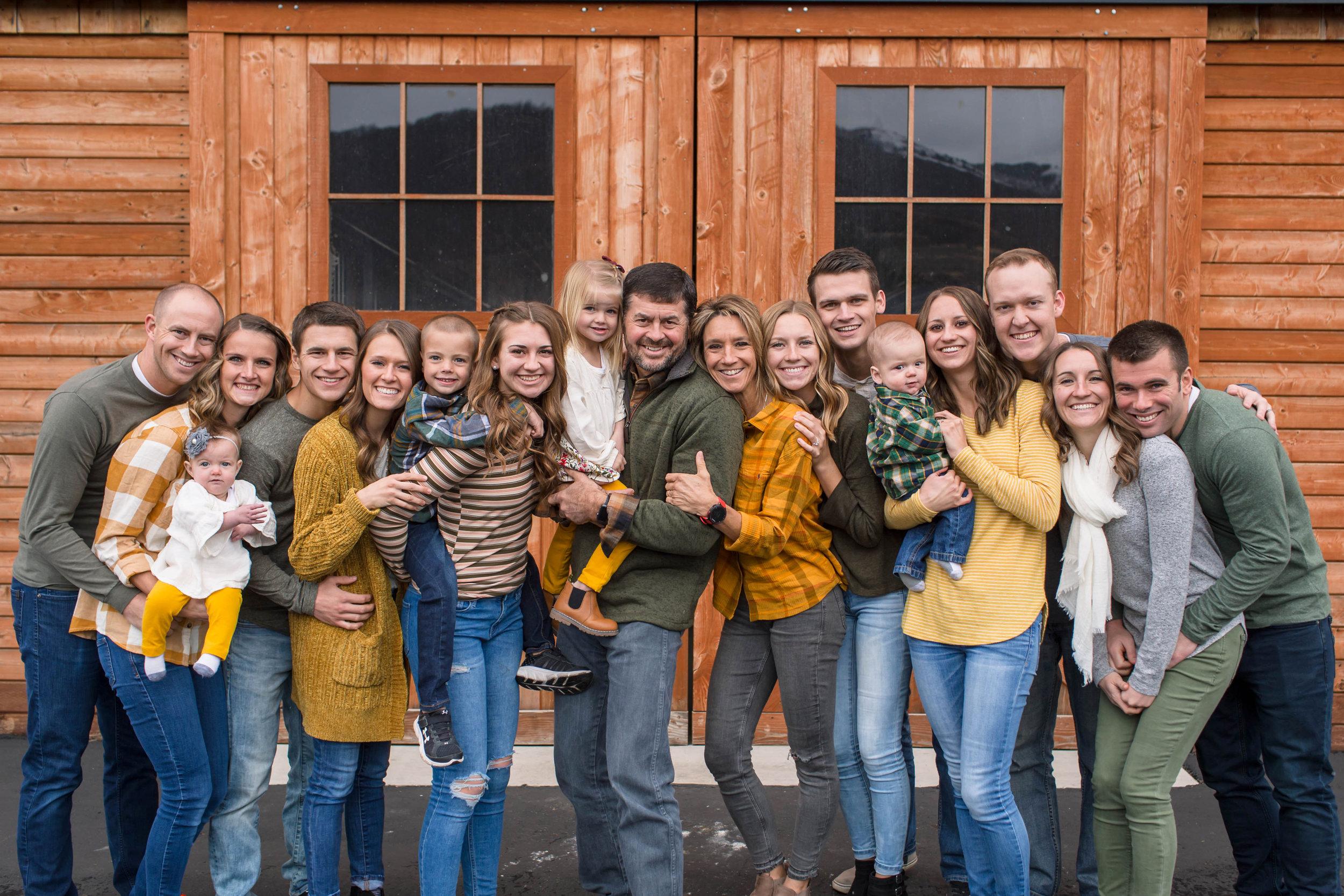 Labrum Family 2018 (25).jpg