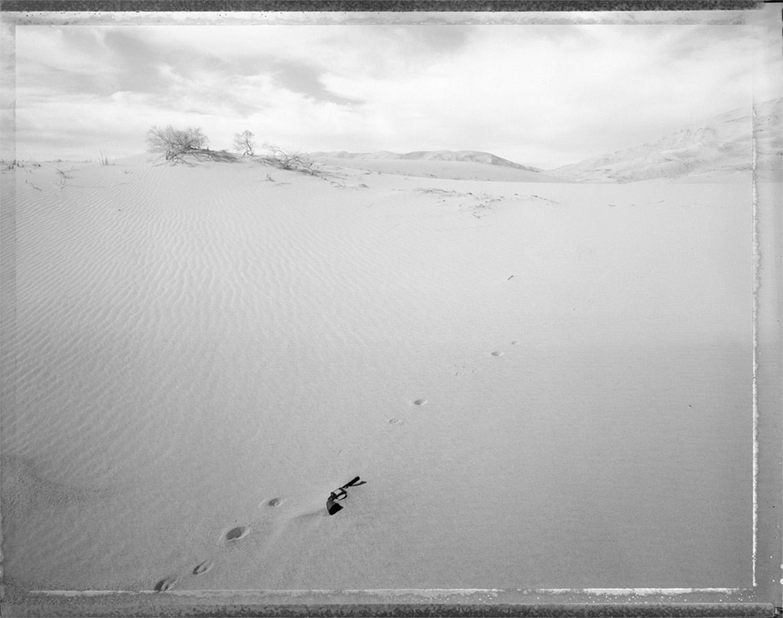 Gun found in drifting sand, Kelso, California, 1987