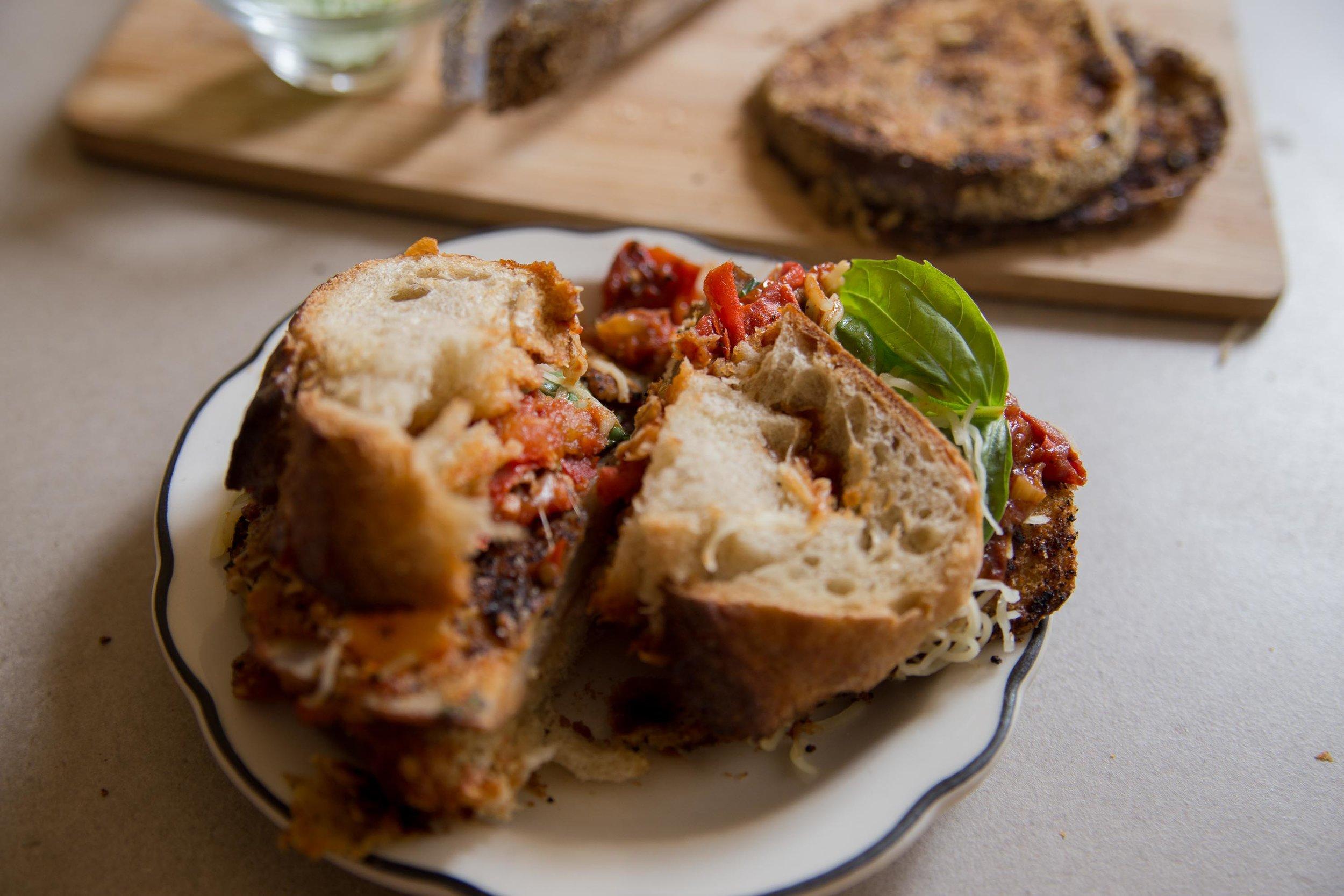 parmesan_eggplant_panini (11 de 12).jpg