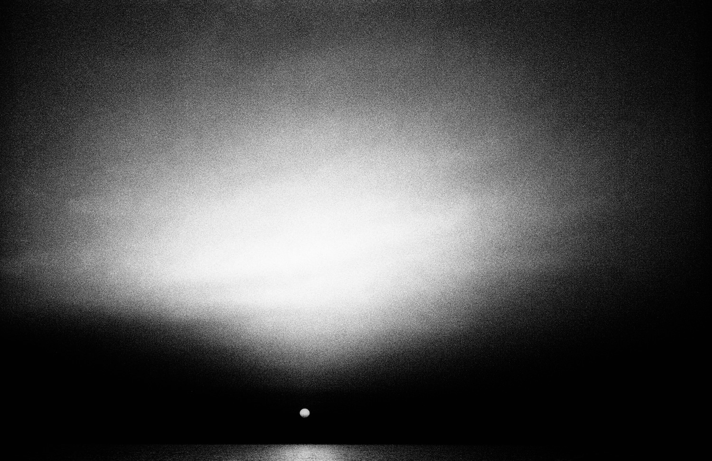 SUN by Philip Sweeck