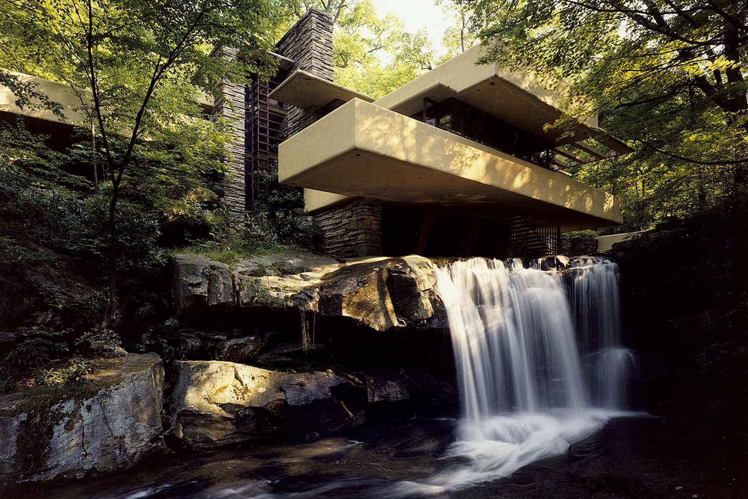 Frank Lloyd Wright's falling waters