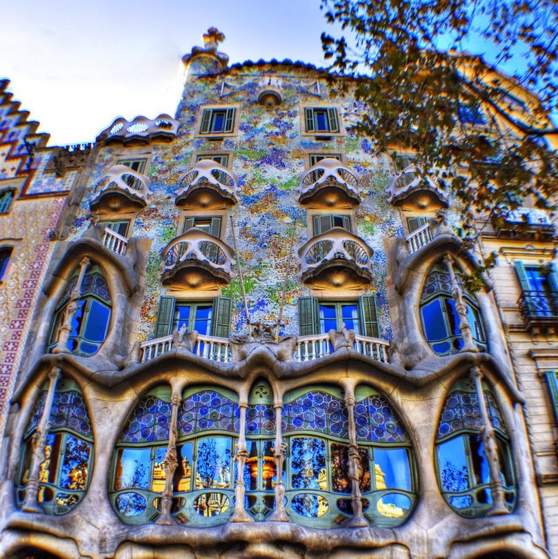 gaudi-barcelona-Casa-Batlló.jpg