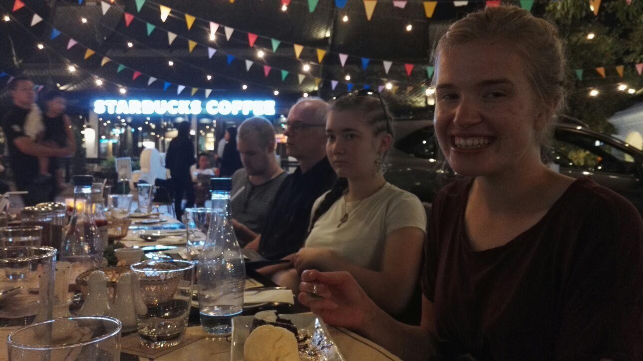 Muutamana iltana kävimme Chiang Main basaareilla ja syömässä.