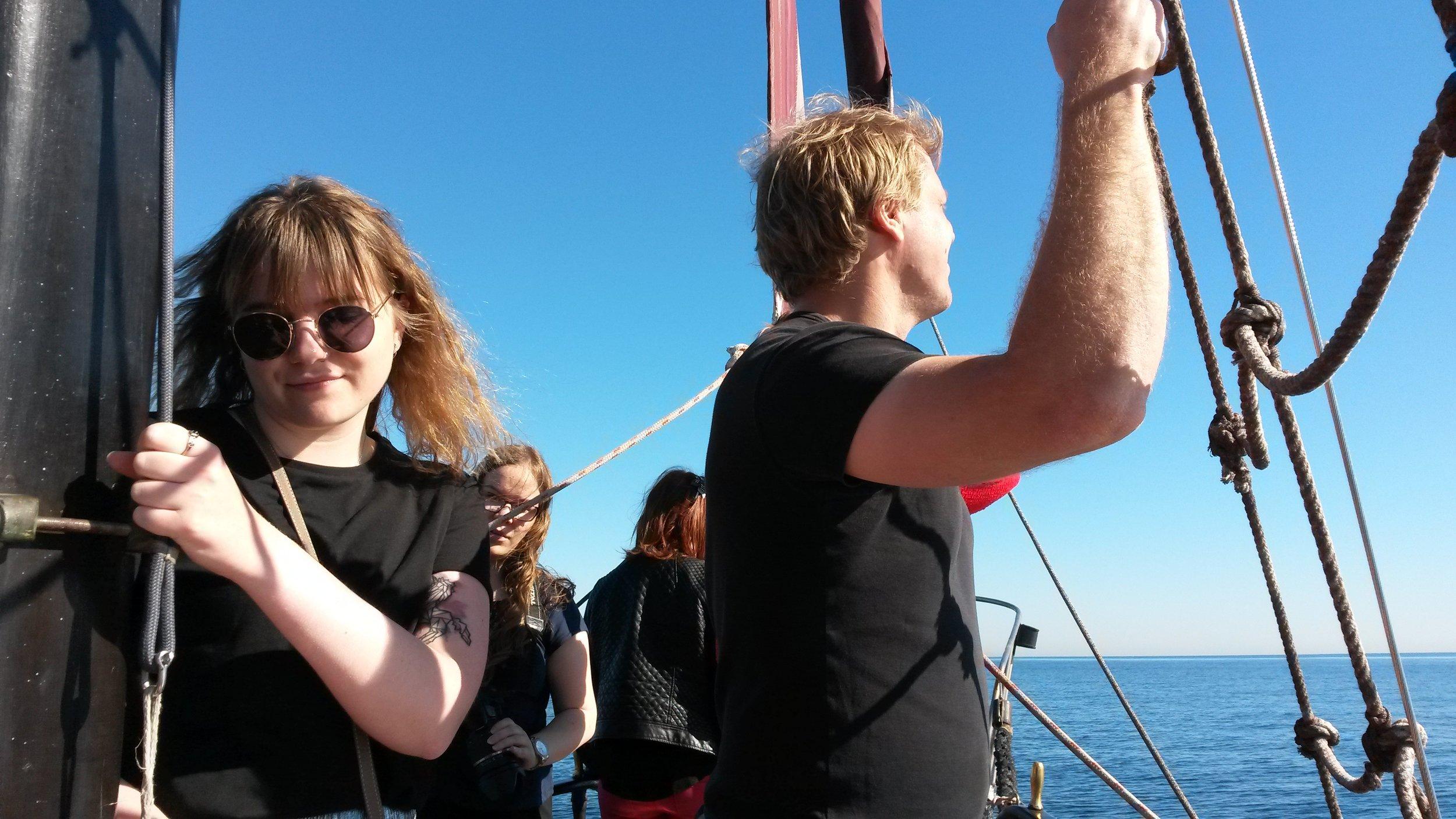 Käytiin myös vähän merellä seilaamassa! Sää suosi vaikkei delfiinejä nähtykään.
