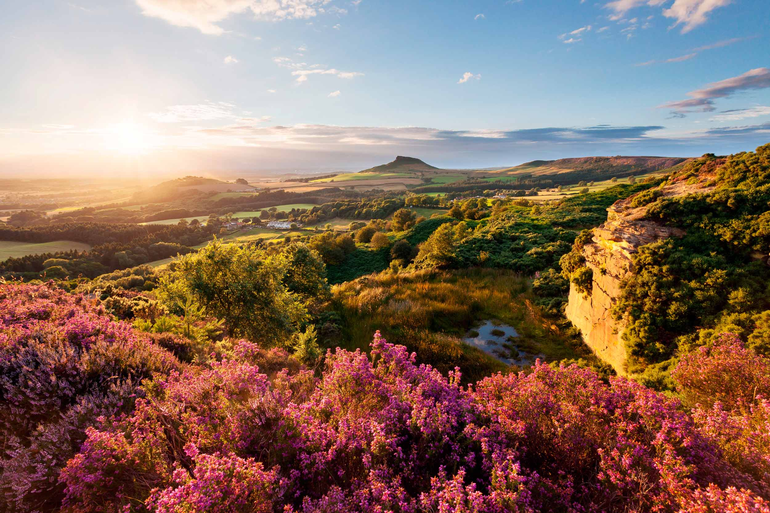 Roseberry Topping, North York Moors  (matrobinsonphoto/Shutterstock)