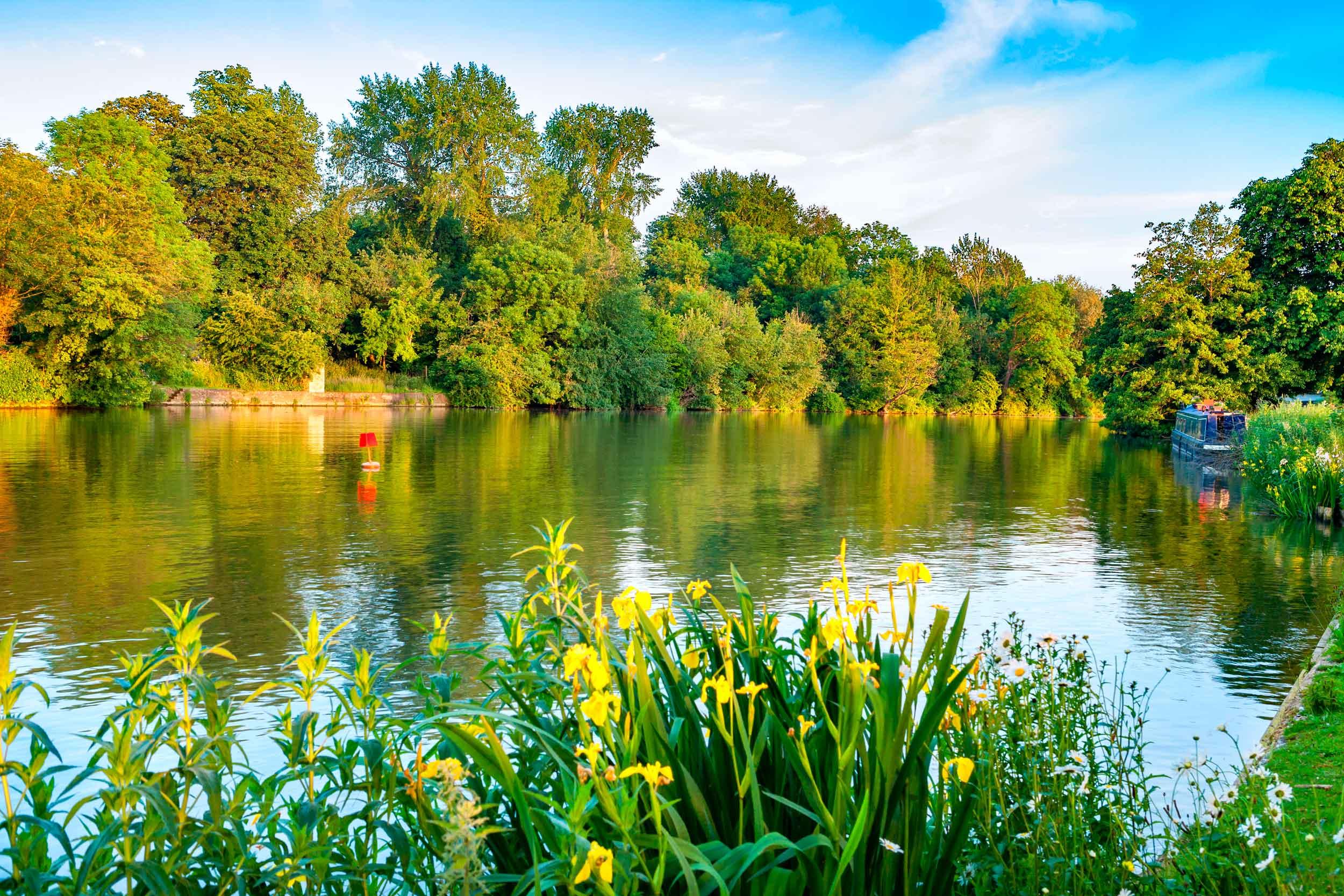 Iffley Lock on the River Thames, Oxford  (Andrei Nekrassov/Shutterstock)