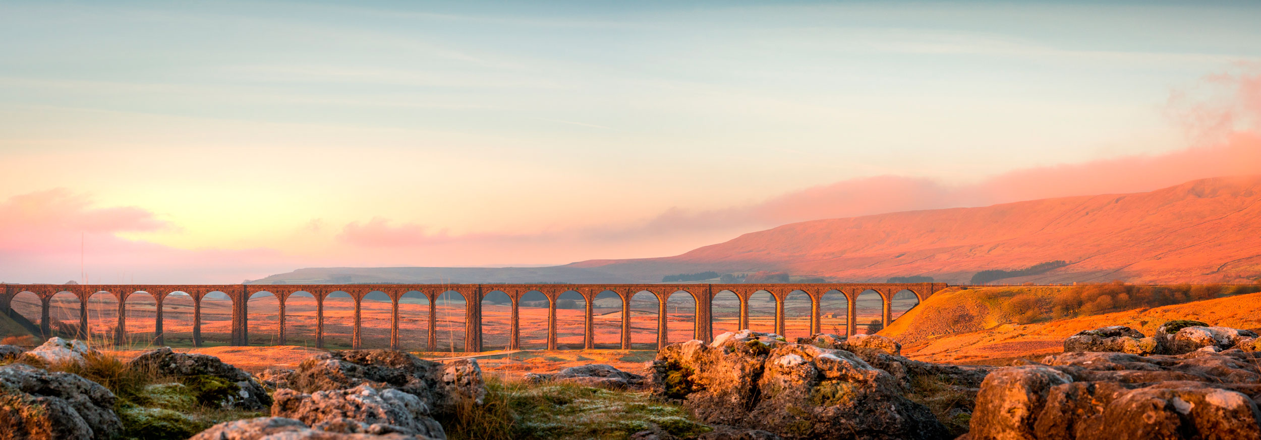 The remarkable Ribblehead Viaduct, Yorkshire Dales  (ford34/Shutterstock)