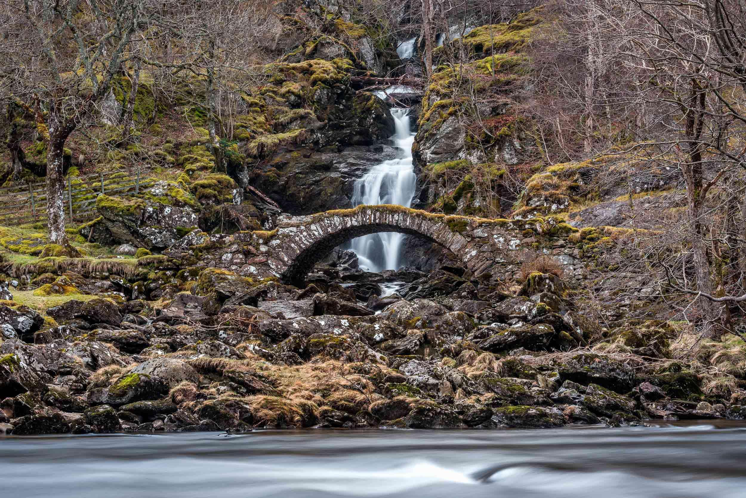 Roman Bridge,Glen Lyon, Scotland  (mountaintreks/Shutterstock)