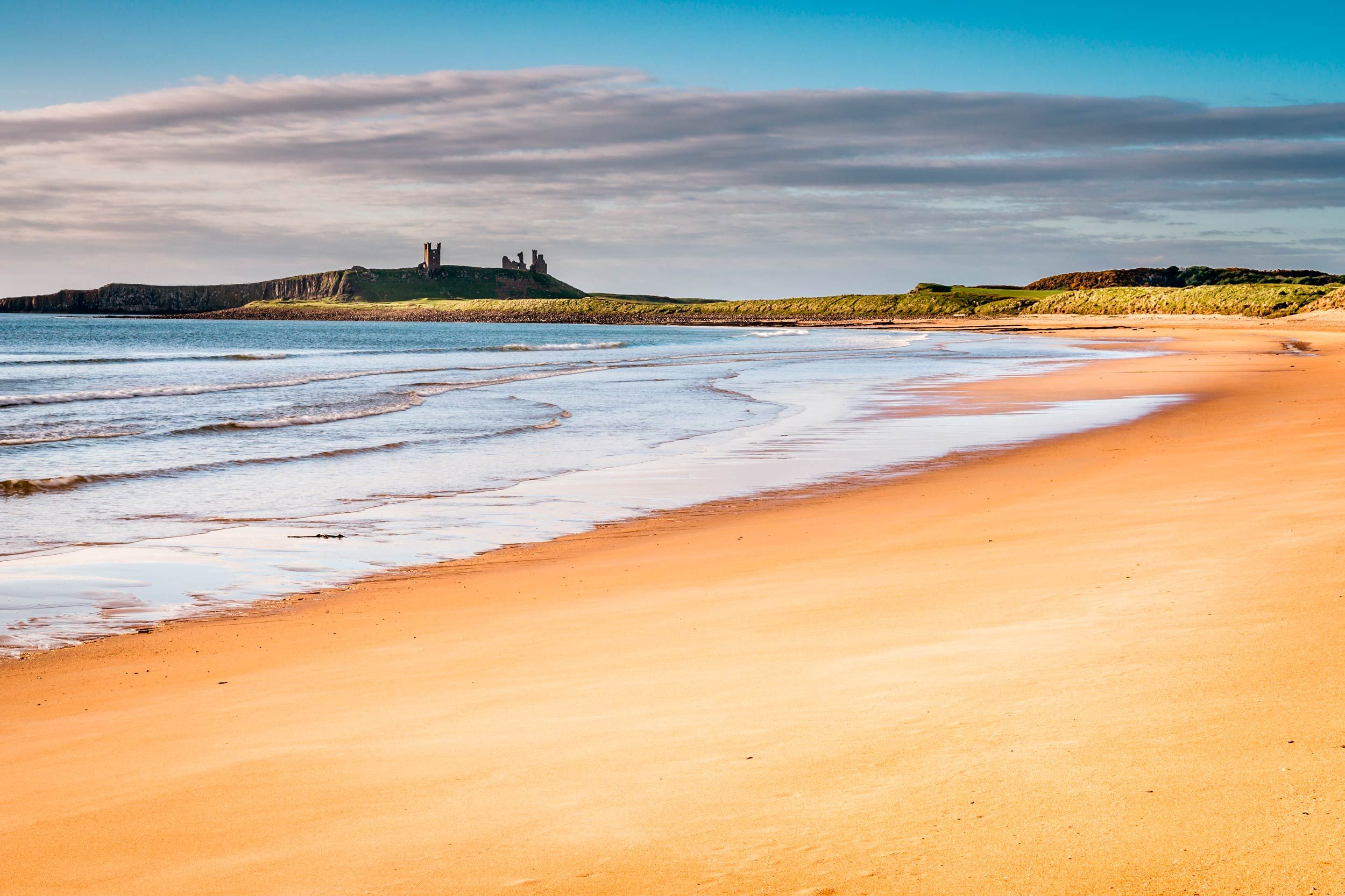 Embleton Sands and Dunstanburgh Castle, Northumberland Coast  (Dave Head/Shutterstock)