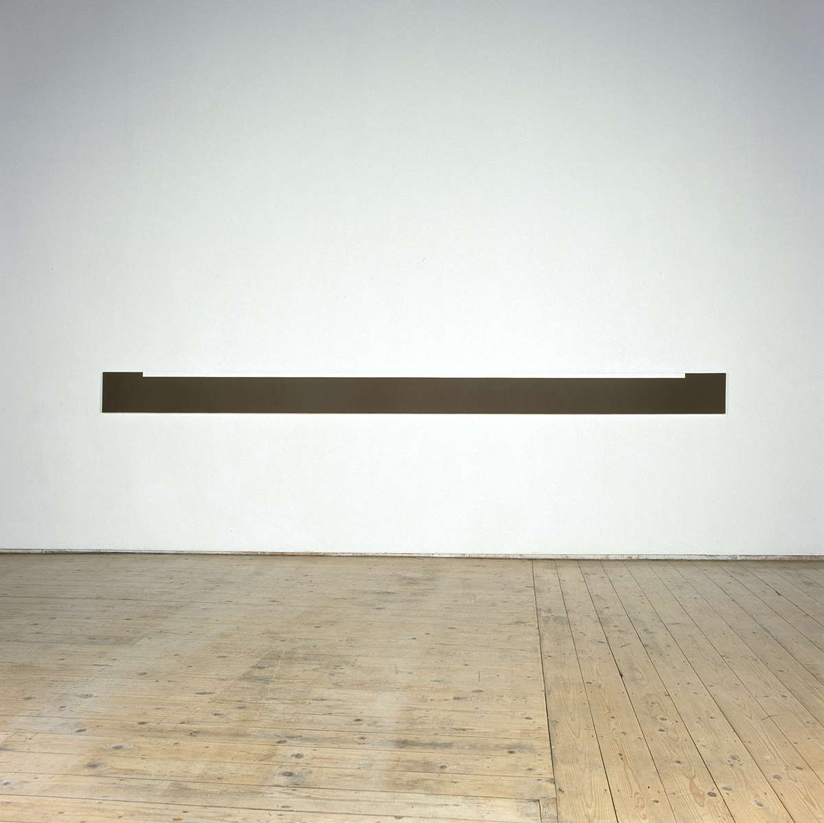 Untitled  1999  Acrylic on canvas  25 x 380 cm