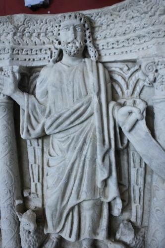 Detail of  traditio legis  scene from a marble sarcophagus, Musée départemental de l'Arles Antique, end of the fourth century CE (photo: Arthur P. Urbano)