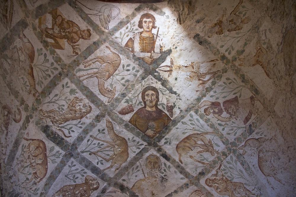 Vaulted ceiling painting   Bathhouse at Qusayr Amra, Jordan    Image Source