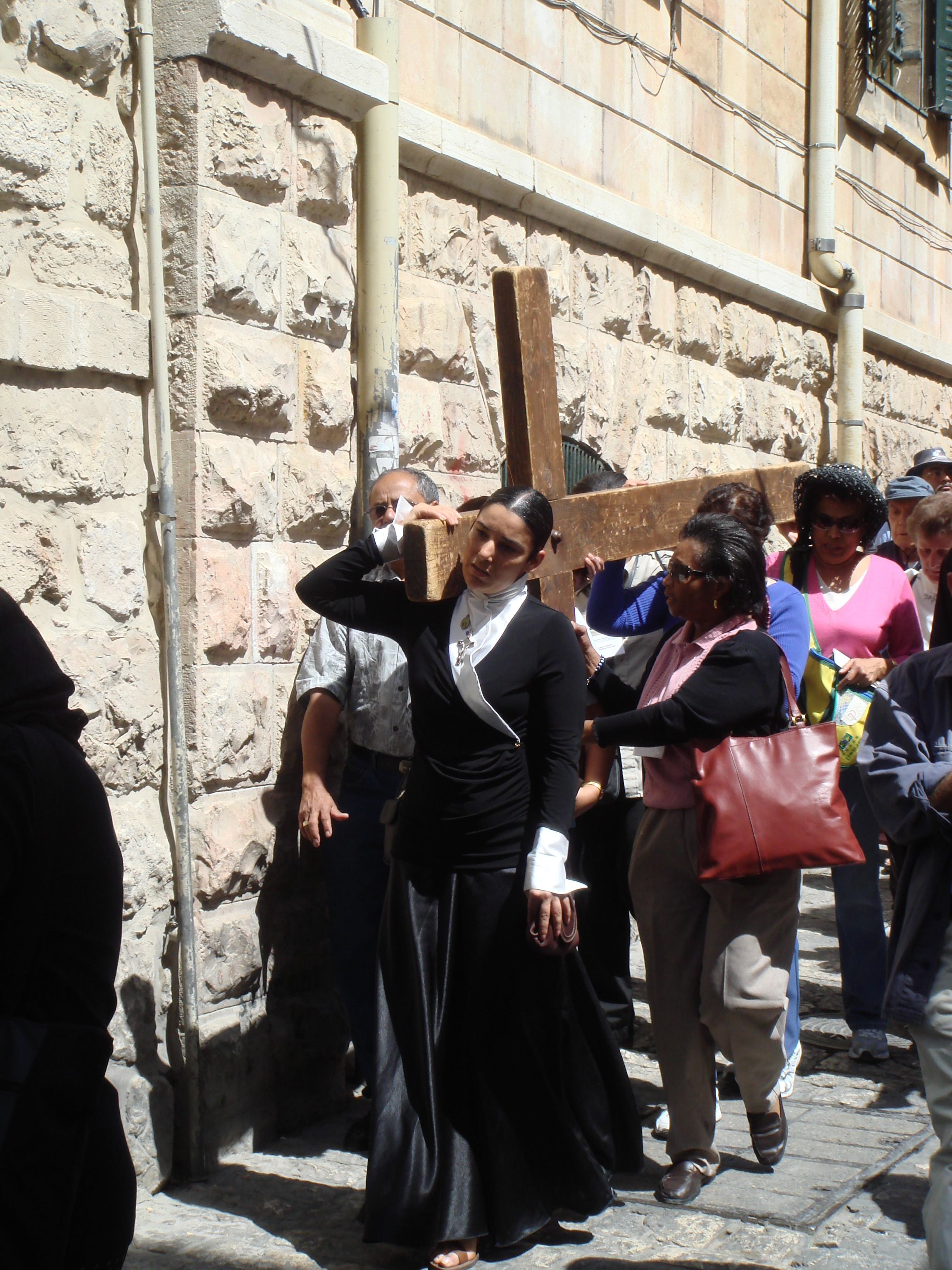 Cross-processions in Jerusalem, Good Friday 2008 (photos courtesy of the author).
