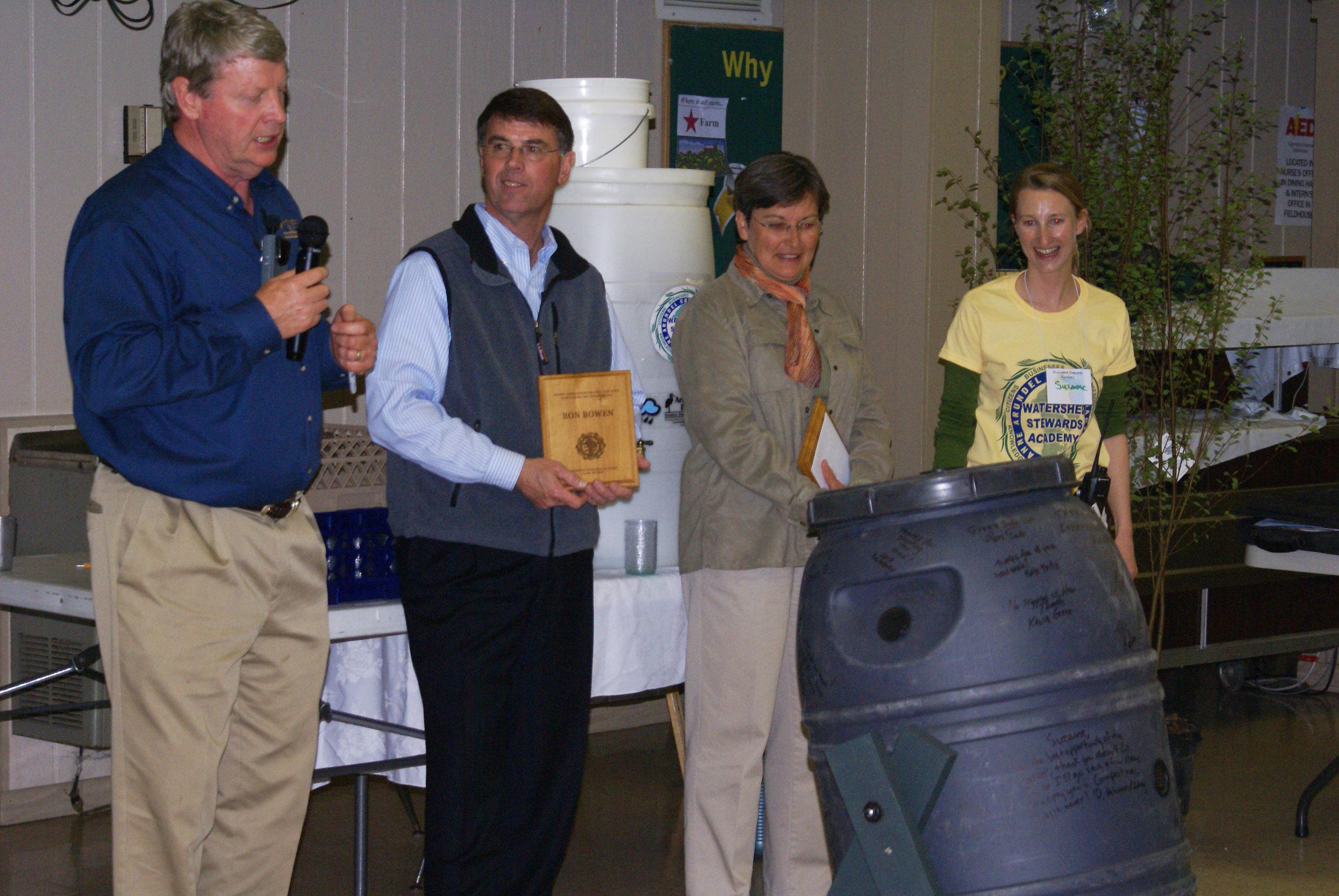 Steve Barry, Ron Bowen, Ginger Ellis and Suzanne Etgen