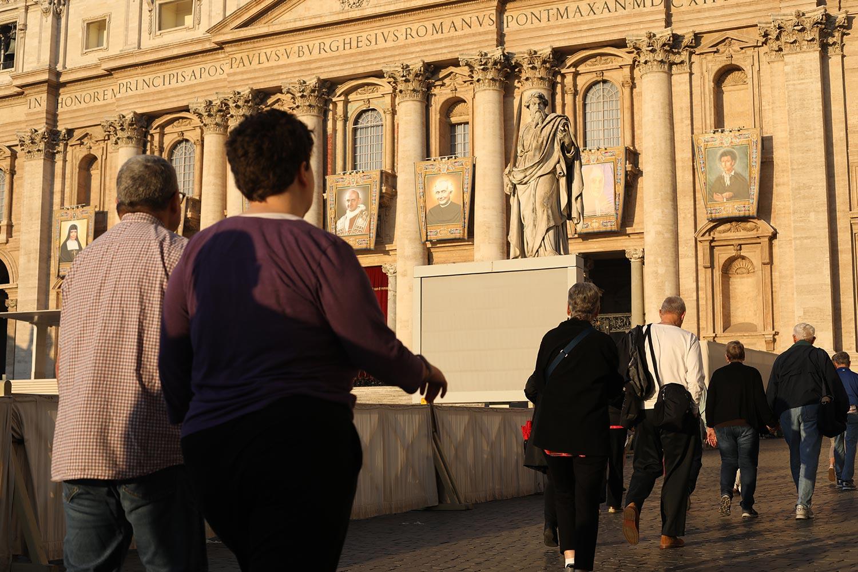 Pilgrimage_Rome_3273_StPeters.jpg