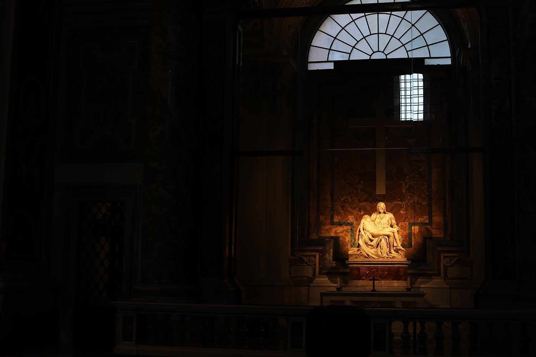 Pilgrimage_Rome_3286_StPeters.jpg