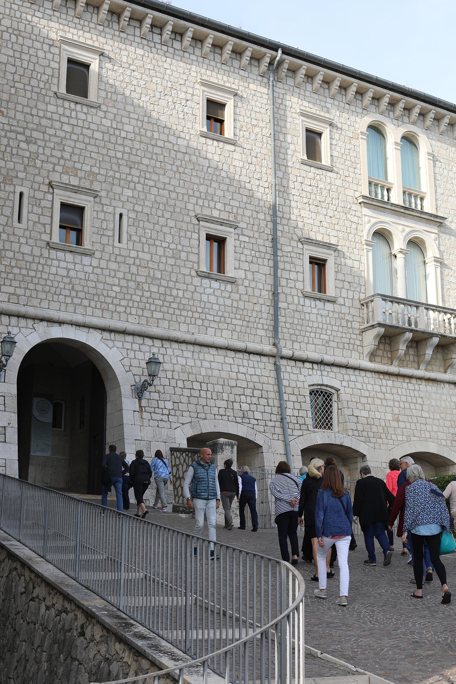 Pilgrimage_Rome_3751_MonteCassino.jpg