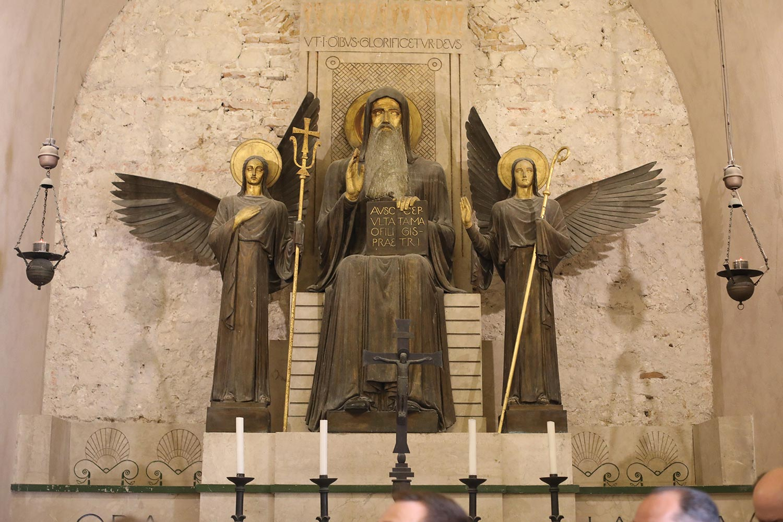 Pilgrimage_Rome_3792_MonteCassino.jpg