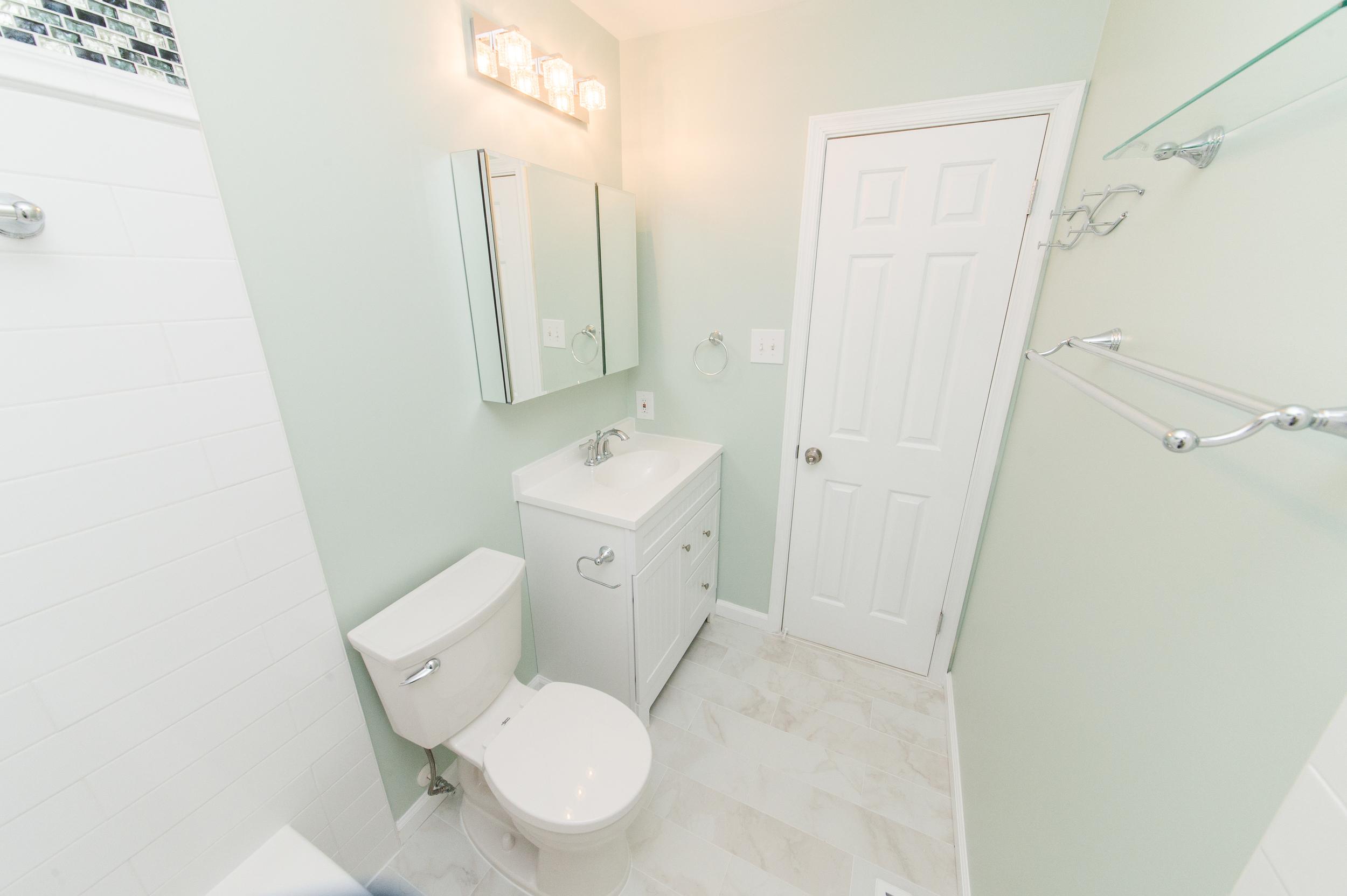 Ellicot City Bathroom Remodeler-16.jpg