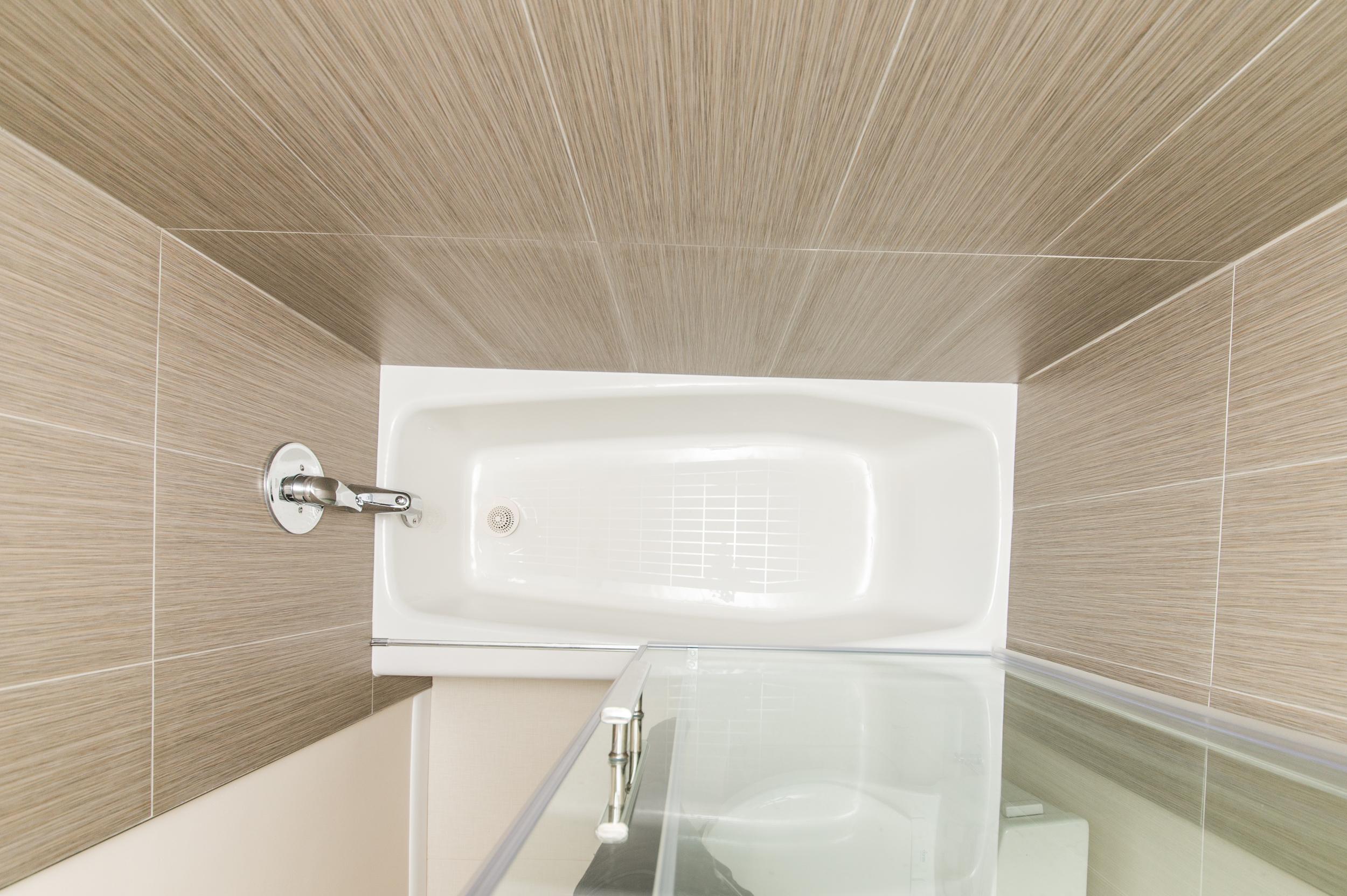 Claudia Silver Spring two Bathrooms-27.jpg