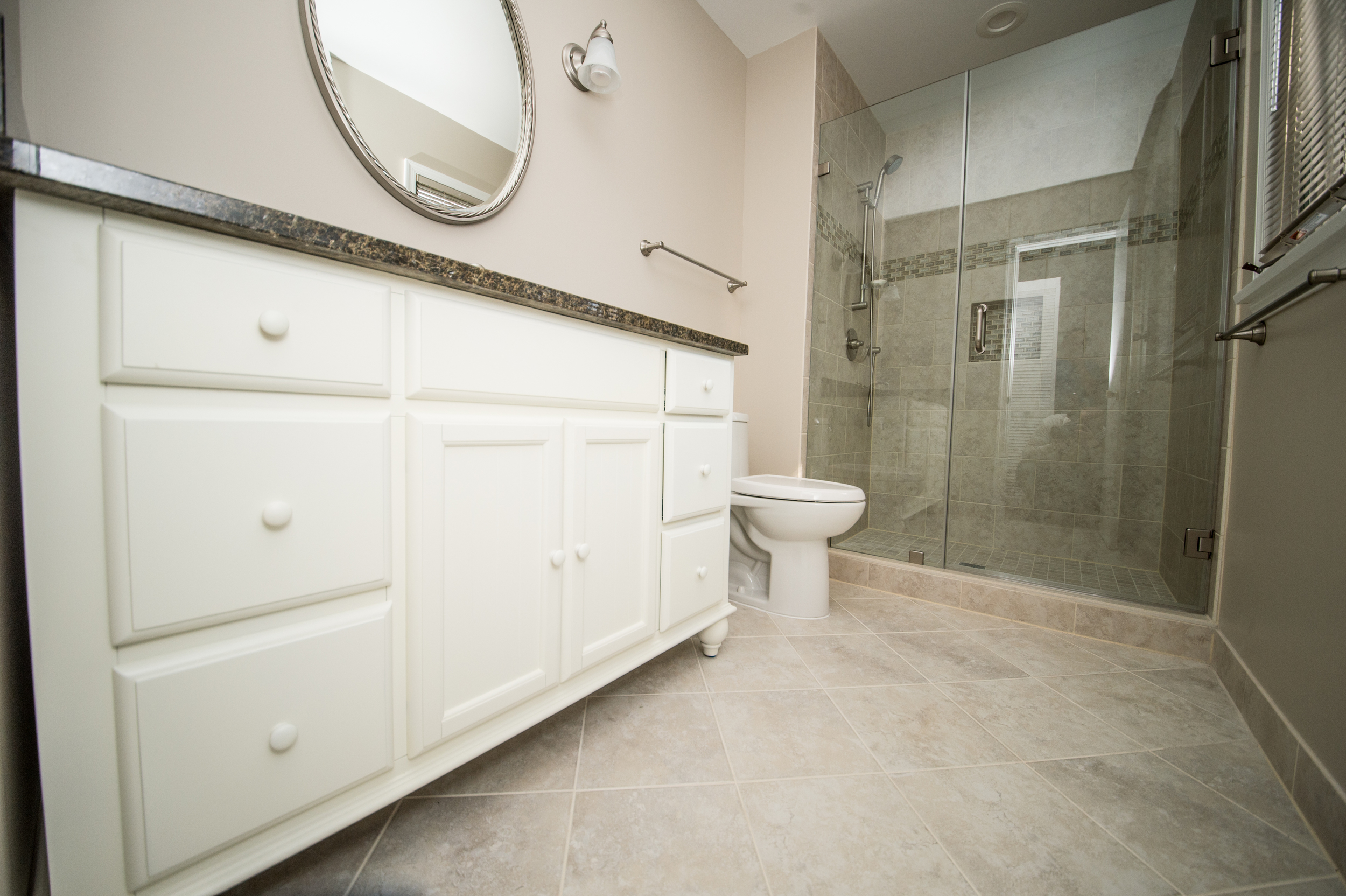 Bathroom and washroom_-5.jpg