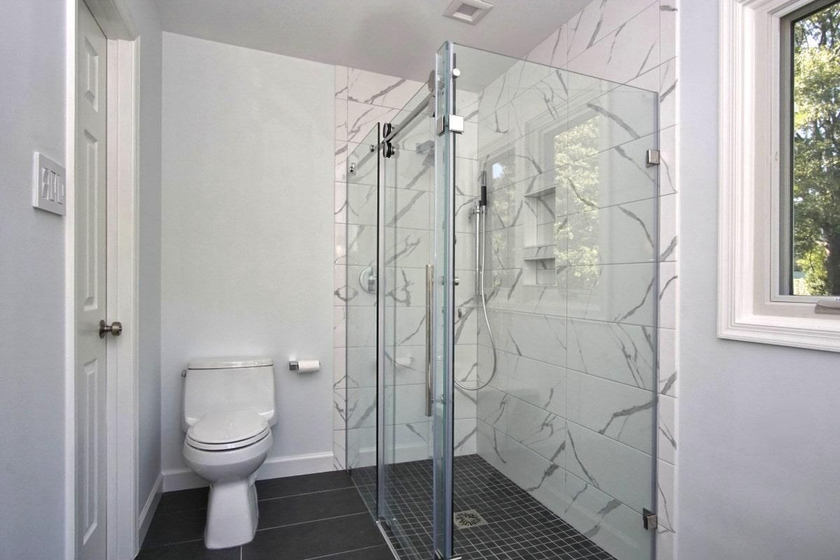 Bathroom remodeling Laurel MD-7.JPG