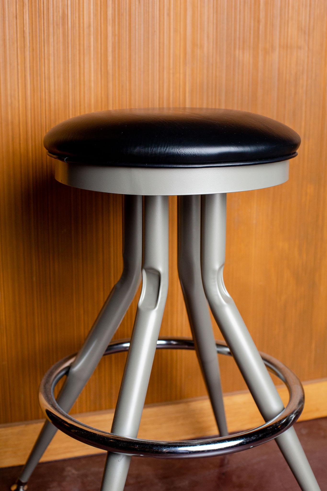 Wallys-bar-stool.jpg