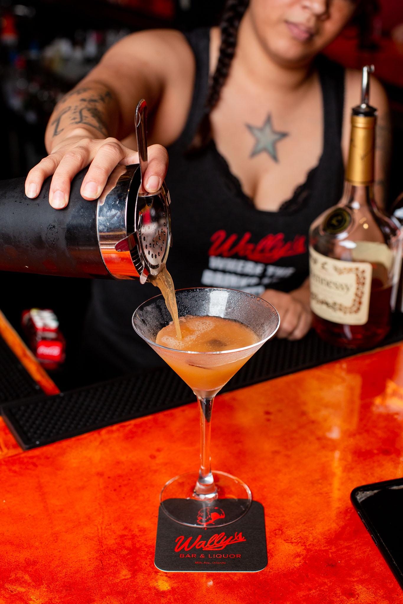 Wallys-Bartender.jpg