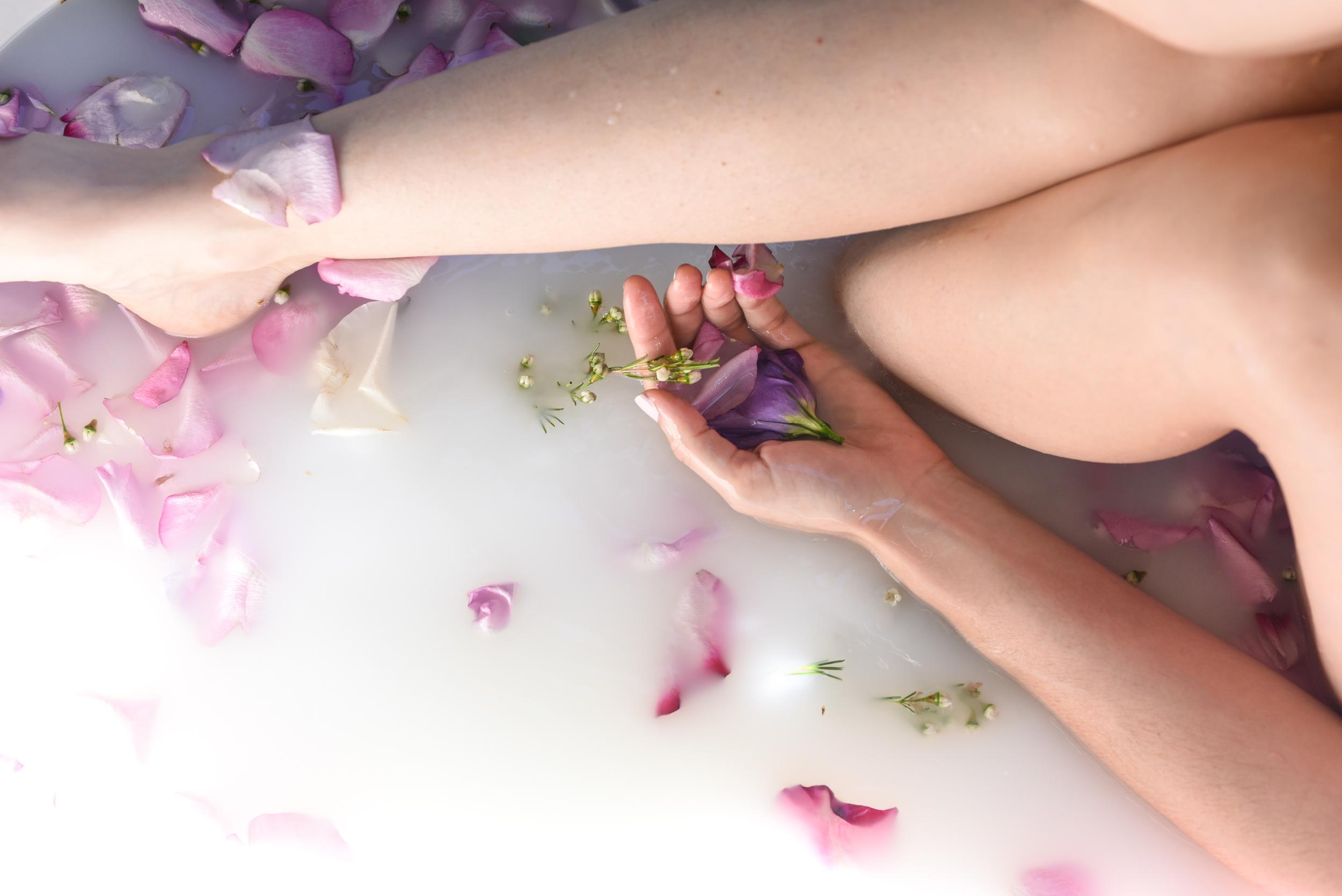 rose bath, milk bath, flores lane candles, boho bunnie, joshua tree, rose petal bath, milky bath shoot