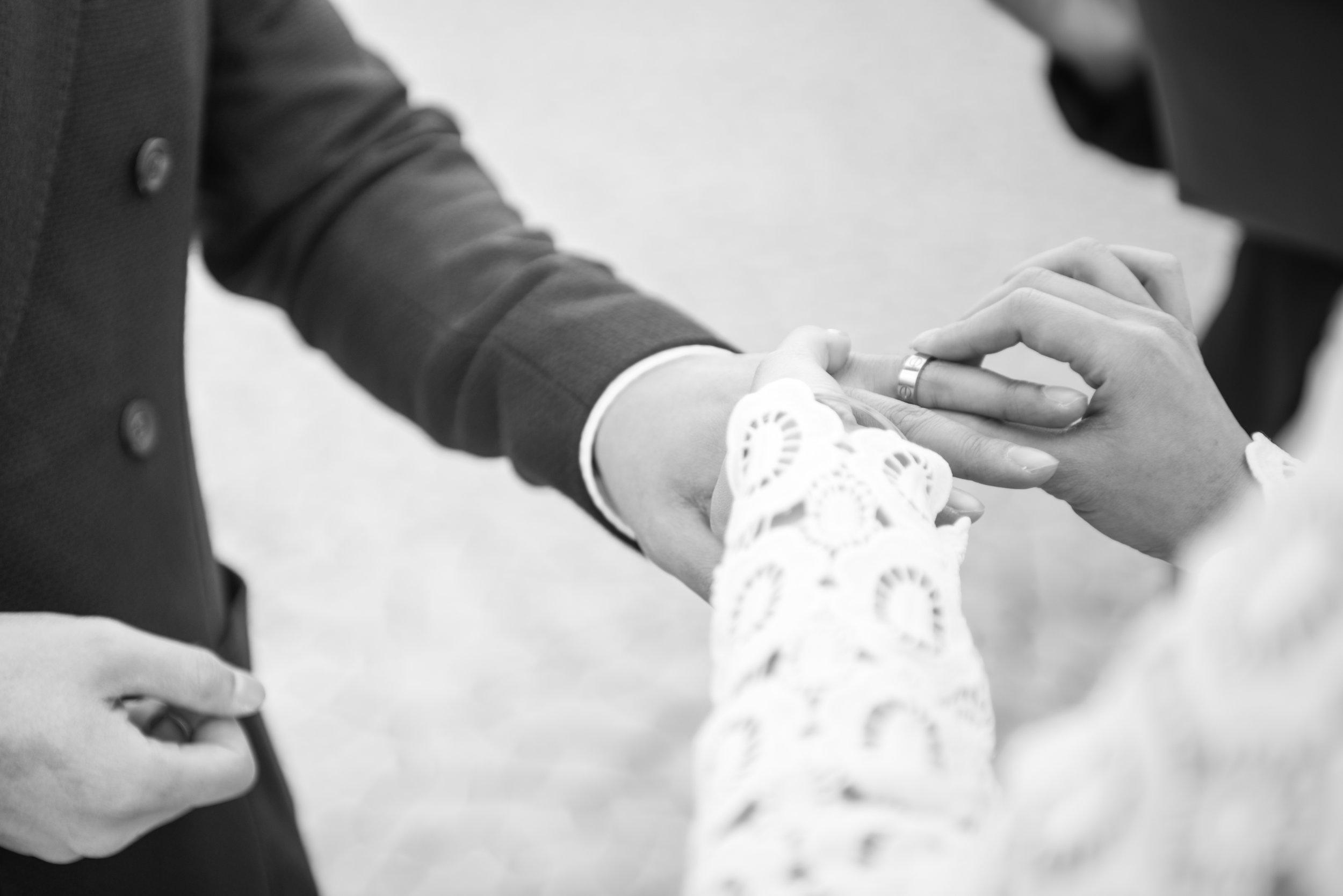 las vegas wedding, peachy keen unions, las vegas elopement, pop up wedding, las vegas, downtown las vegas, dry lake bed, dry lake bed wedding, asian wedding, wedding inspiration, las vegans wedding photographer
