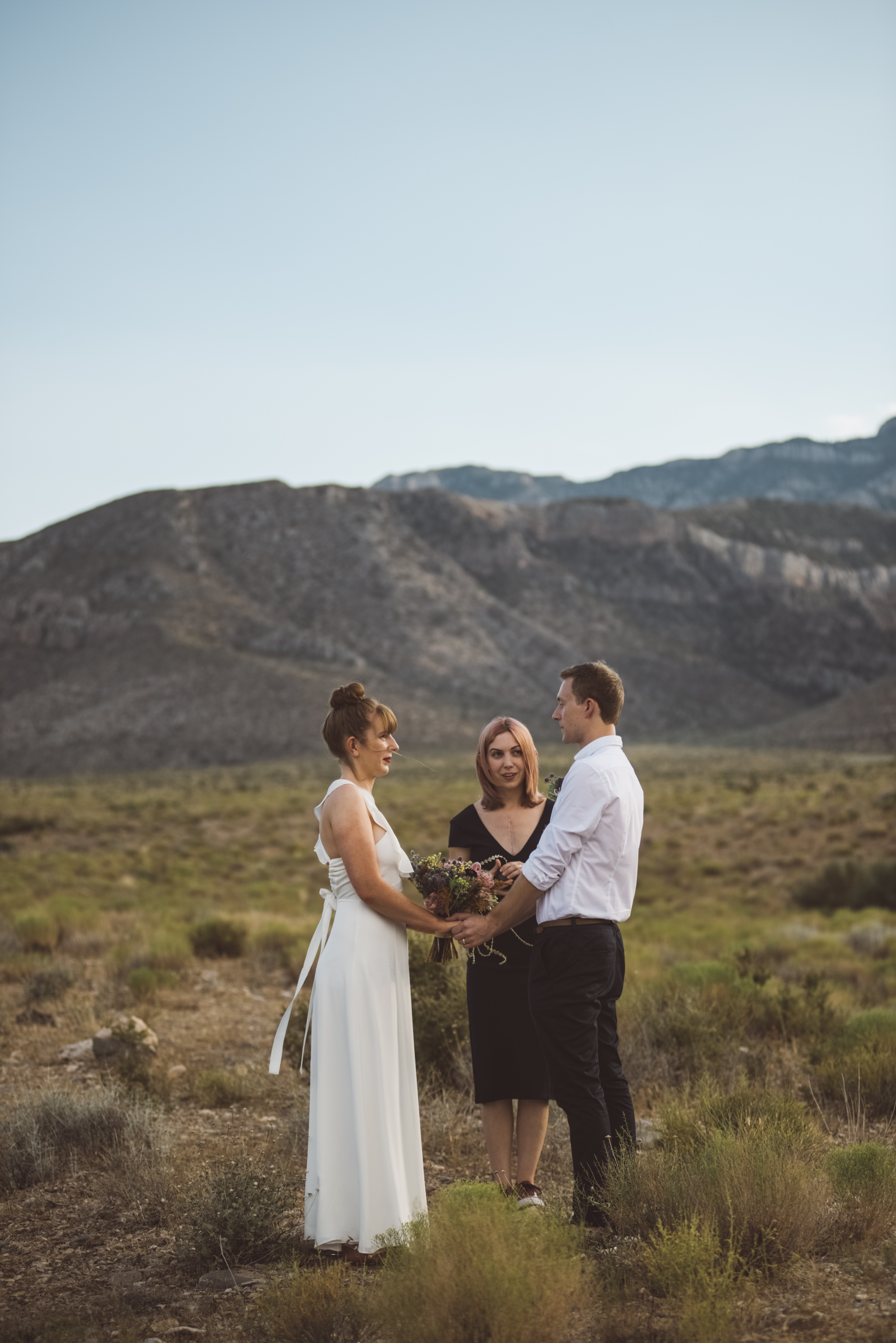 FLora Pop Desert Ceremony Red Rock Las Vegas Photography by Ashley Marie-64.jpg