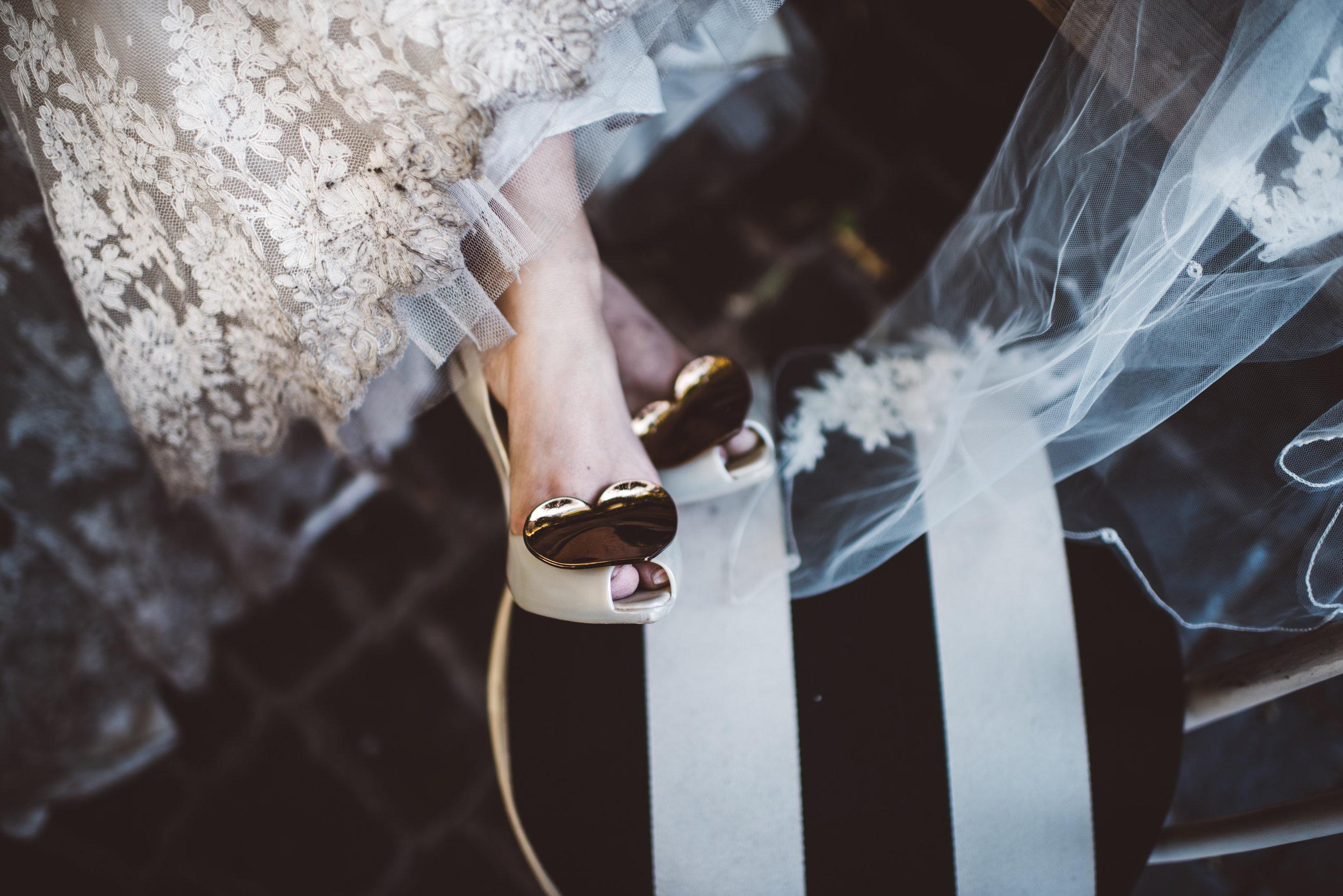 Las Vegas Elopement Photographer Ashley Marie Myers Rock'n Roll Bride-46.jpg