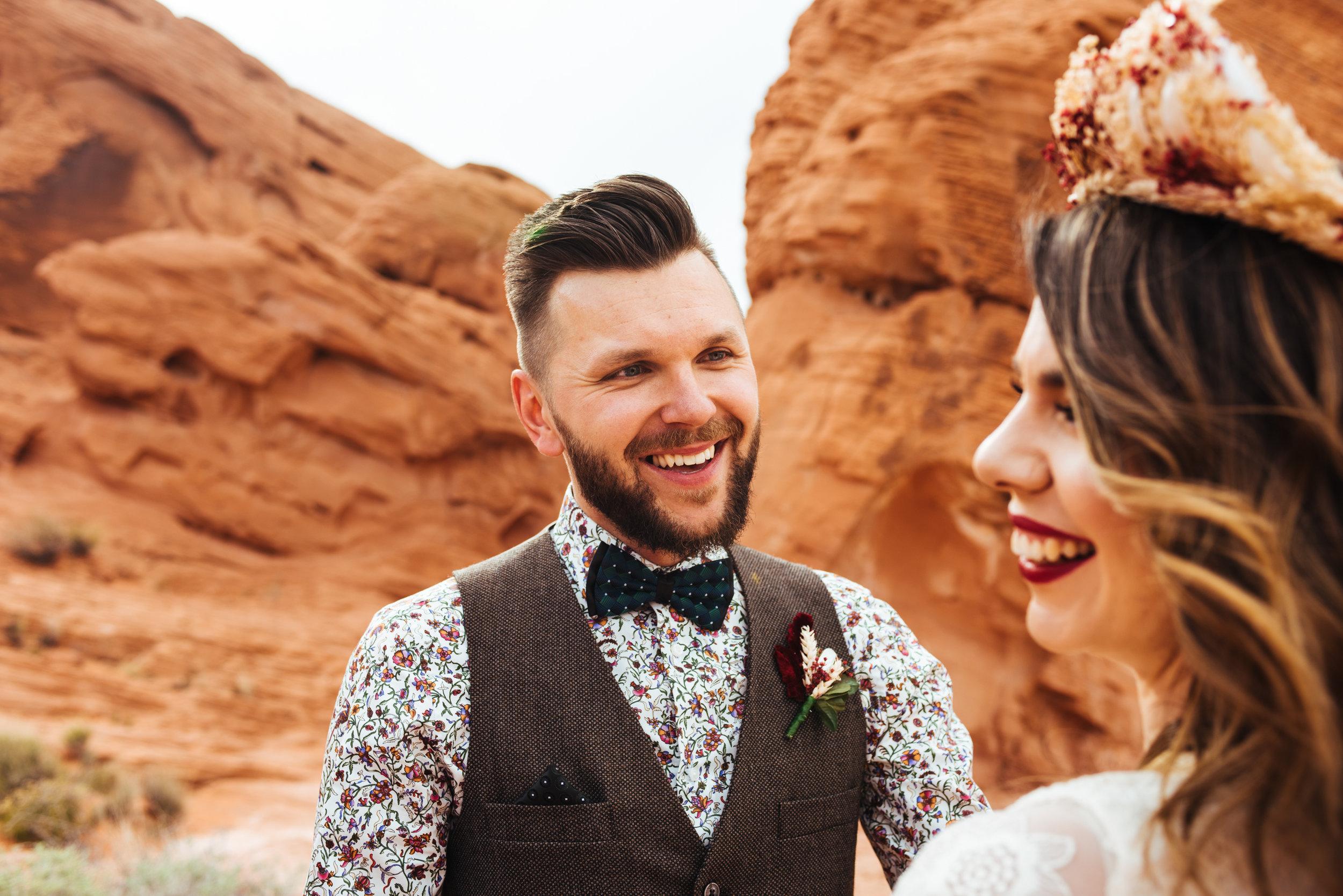 valley of fire, boho elopement, boho wedding, bohemian wedding, boho bride, bohemian bride, las vegas wedding, valley of fire elopement, las vegas wedding, boho style, bohemian