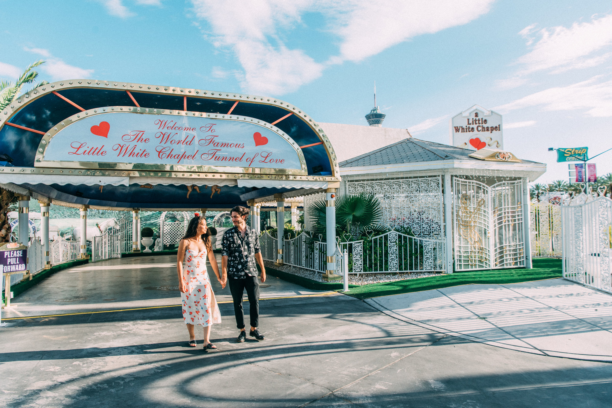las vegas elopement, las vegas chapel elopement, little white chapel elopement, ashley marie myers-12.jpg