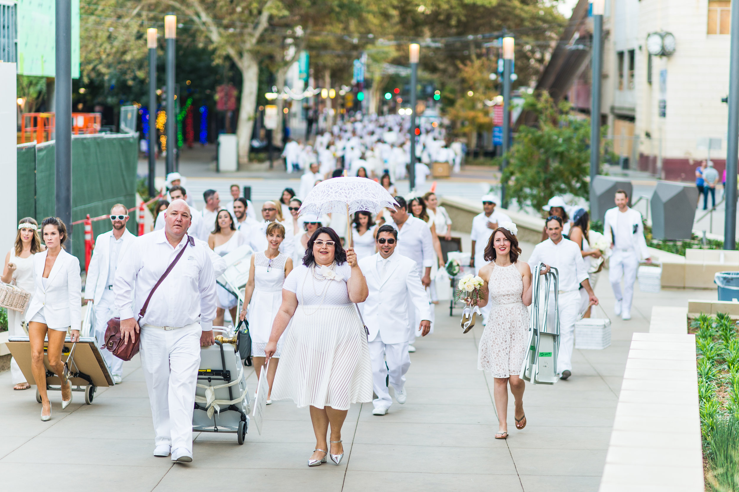 Diner_En_Blanc_2016_Sacramento_Photo_Roderick_Cooney_-32.jpg