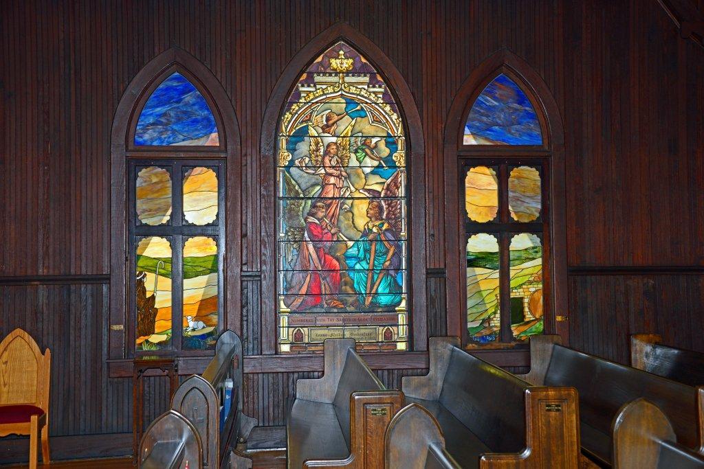Redeemer Stained Glass Windows 033.jpg