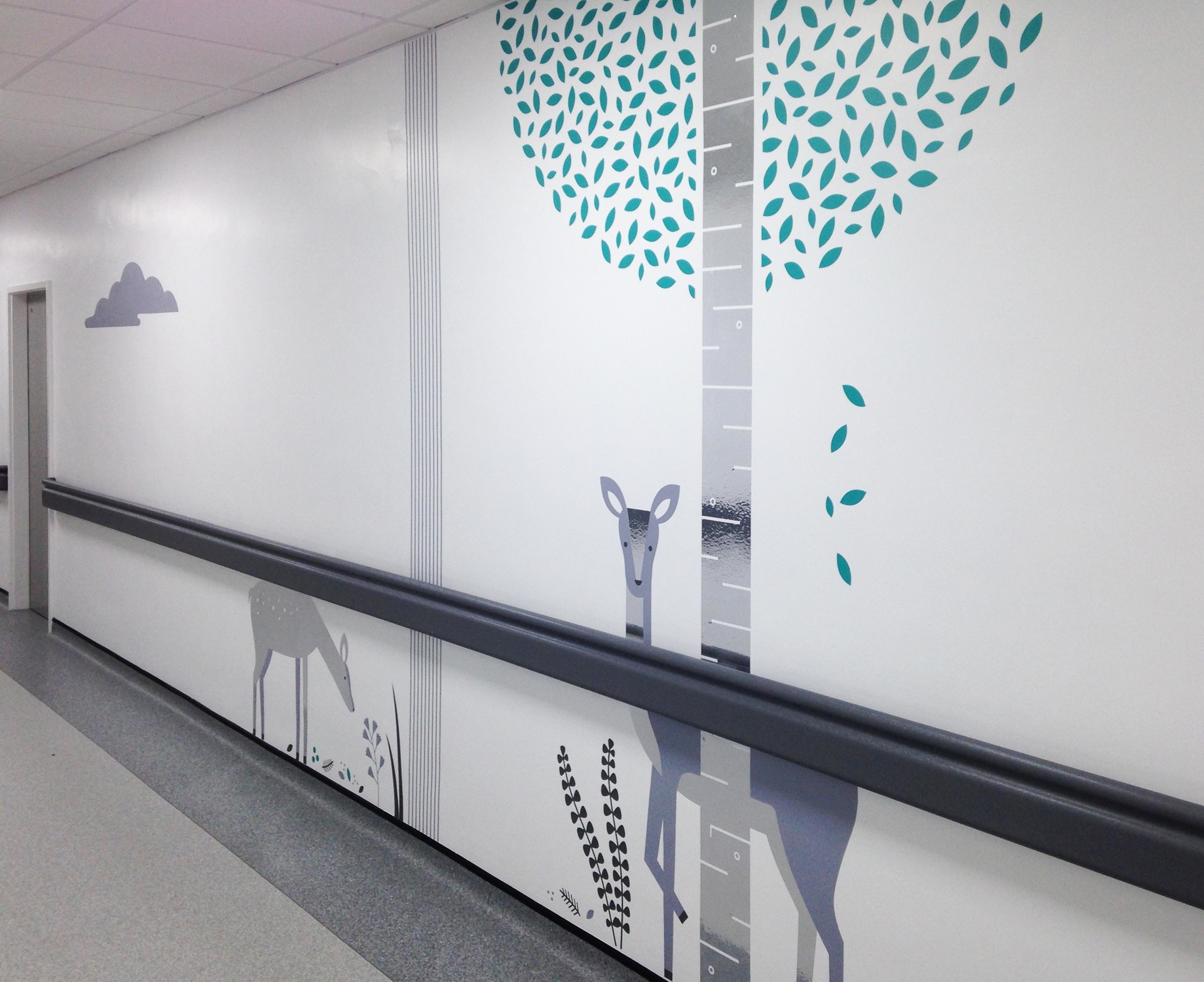 Fracture Corridor Photo 1-hospital-illustration-wall-graphics.jpg