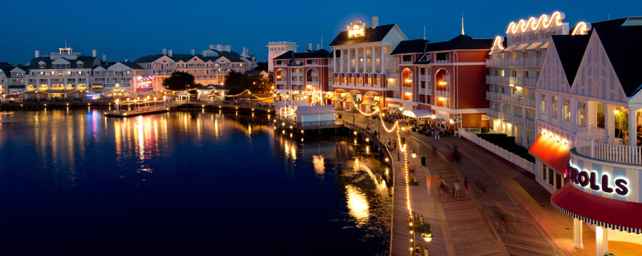 Disney's Boardwalk offers free admission. Take a stroll on the promenade or even a free boat ride.