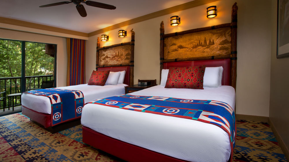 disney_wilderness_lodge_room