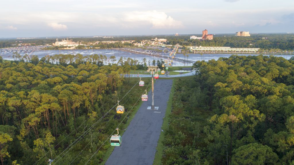 Disney_World_Skyliner